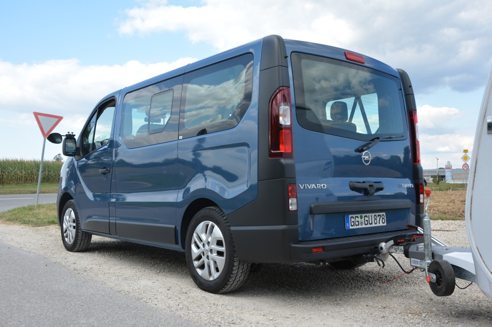 opel vivaro combi 1 6 biturbo cdti ecoflex camping cars caravans. Black Bedroom Furniture Sets. Home Design Ideas