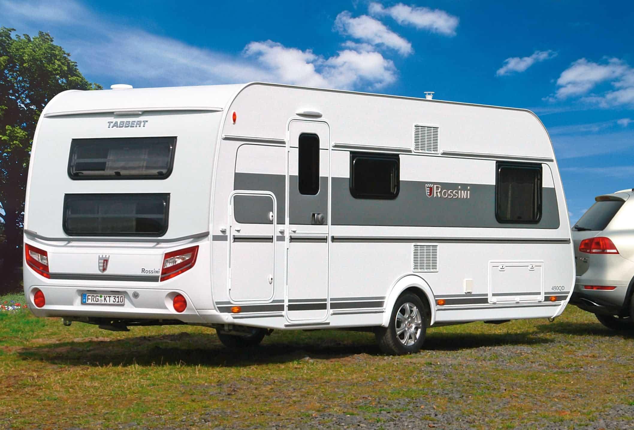 Wohnwagen Mit Etagenbett Test : Tabbert rossini 490 dm im test camping cars & caravans