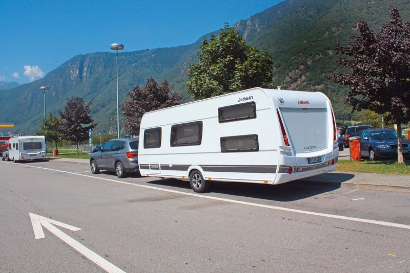 dethleffs camper 540 qmk im test camping cars caravans. Black Bedroom Furniture Sets. Home Design Ideas
