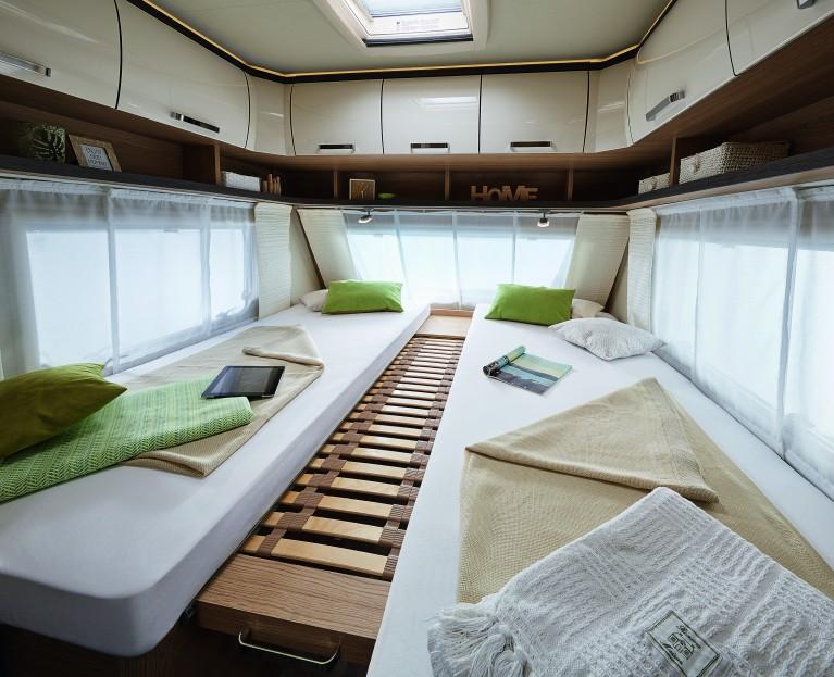 b rstner premio plus averso plus 2018 camping cars. Black Bedroom Furniture Sets. Home Design Ideas