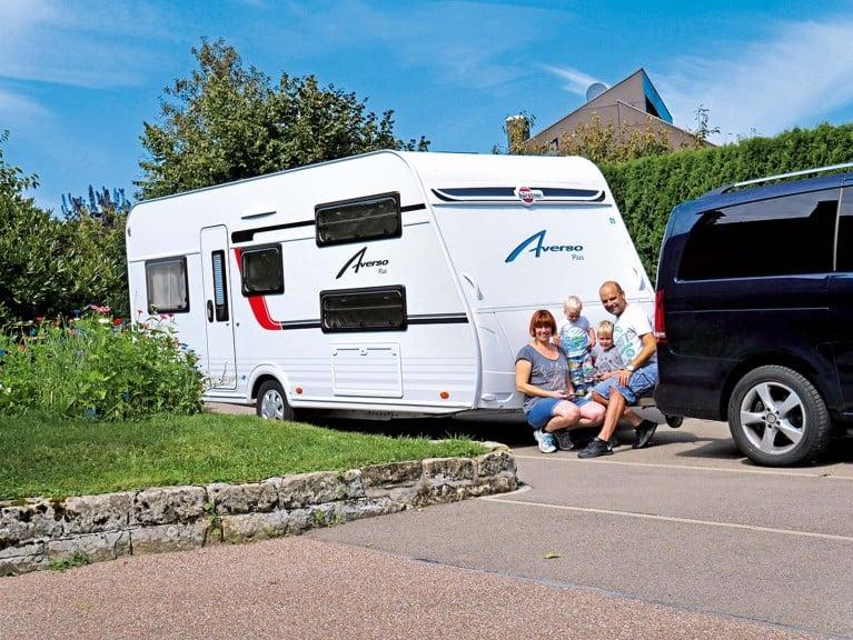 Welcher Wohnwagen Mit Etagenbett : Drei familiencaravans im vergleich camping cars & caravans