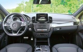 Mercedes Benz GLS 350 D - Blick ins Cockpit