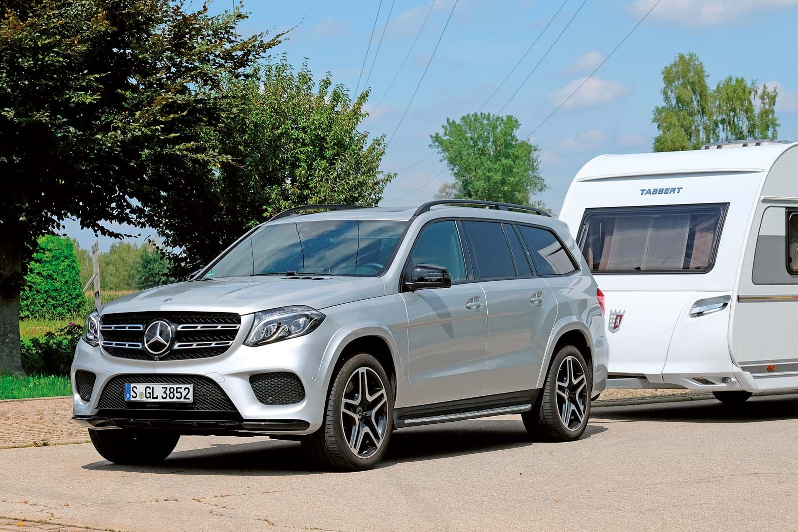 Mercedes benz gls 350 d camping cars caravans for Mercedes benz gls