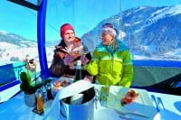 Essen in der Gondel im Ski Amadé