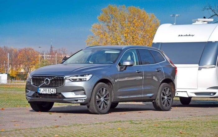 Volvo XC60 Frontansicht als Zugfahrzeug mit Hobby