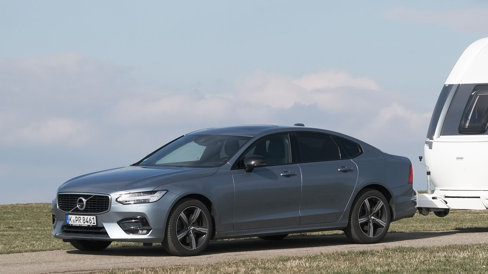 2020 Volvo S90 Redesign and Review